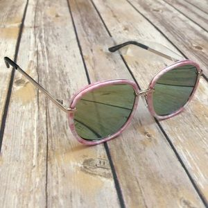 BRAND NEW Kids Confetti Sunglasses - Pink